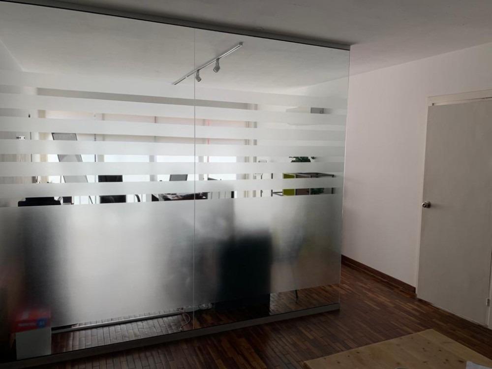 amplia oficina en alquiler 120m2, centro