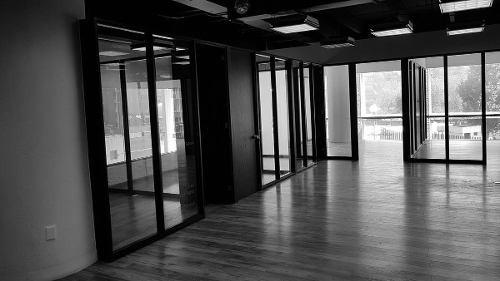 amplia oficina en renta en la zona de santa fé