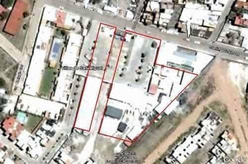 amplia plaza comercial en san miguel de allende