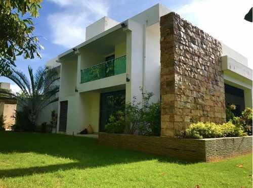 amplia residencia en fraccionamiento campestre