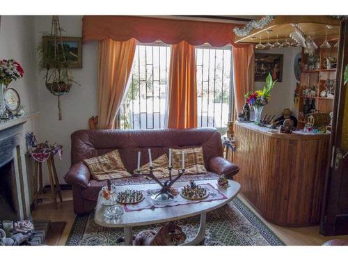 amplia y espaciosa casa en centro de quilpué
