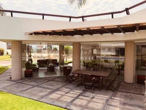 amplia y exclusiva residencia en balcones de juriquilla