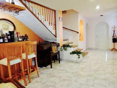 amplia y muy linda casa en col. atacaxco, a 7 minutos de luis cabrera