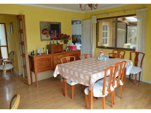 amplia y soleada casa dos pisos en exclusivo sector lomas del sol, quilpué