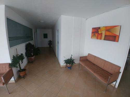 amplias oficinas con hermosa vista a 1 cuadra de av. cuauhtémoc y jardín pushkin