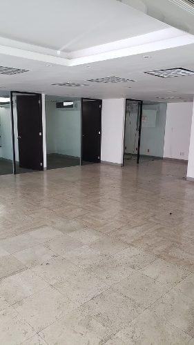 amplias oficinas súper céntricas en santa fe
