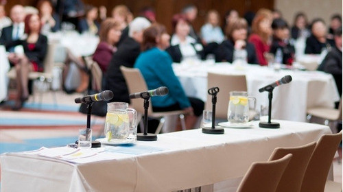 amplificaciones, pantallas para empresariales y conferencias