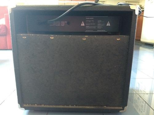 amplificador bajo nativo