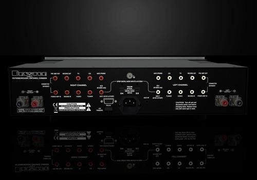 amplificador integrado bryston b-135 sst2 135w/8 ohm.