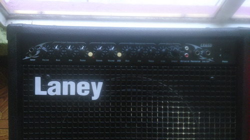 amplificador laney  lx 65d edicuon especial con detalle