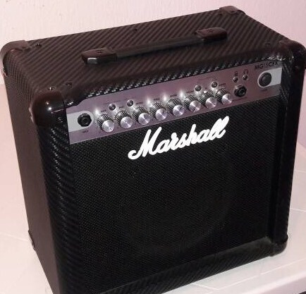 amplificador para guitarra electrica marshall 15 watts.