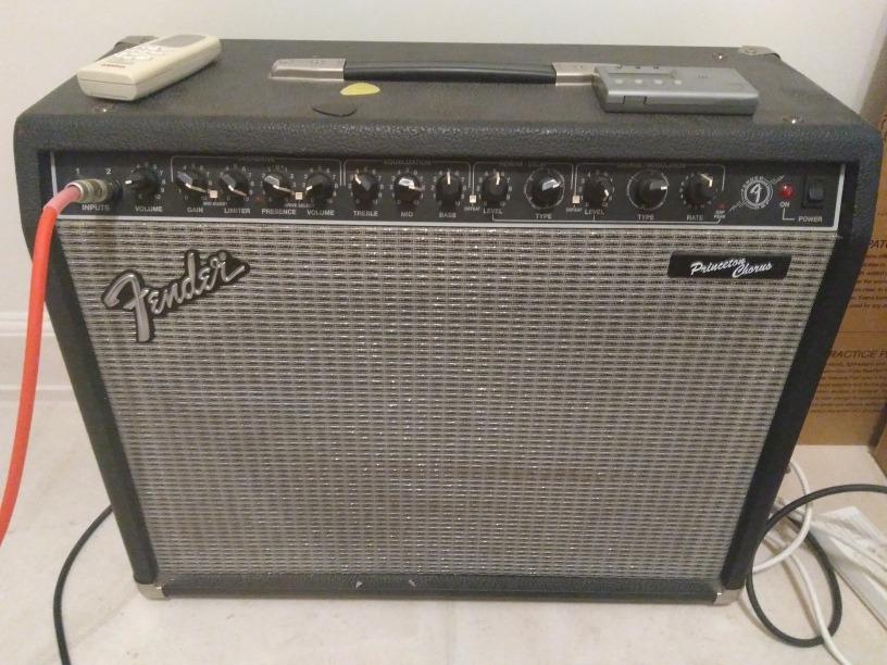 Amplificador Para Guitarra Fender Princeton Chorus - $ 25 000,00