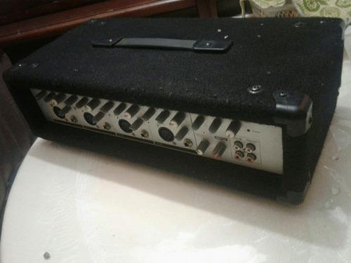 amplificador phonic