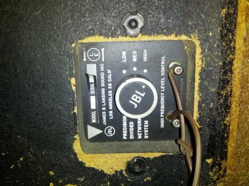 amplificador sony y cornetas jbl