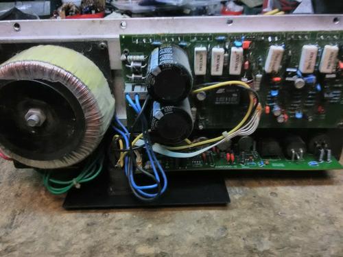 amplificador sound barrier para amplificadas de 15