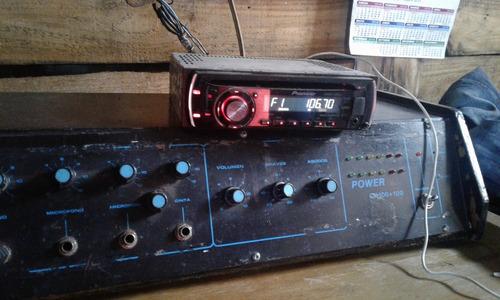 amplificador y radio de auto