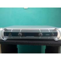 Amplificador Inuke6000 Behringer