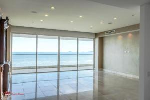 amplio apartamento en alquiler en marea 1 costa del este