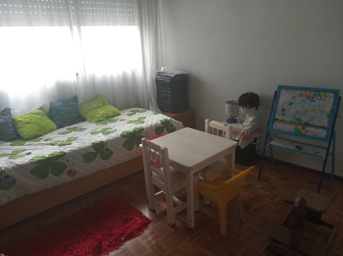 amplio apartamento en buen estado
