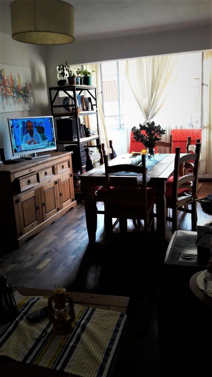 amplio apartamento en capurro