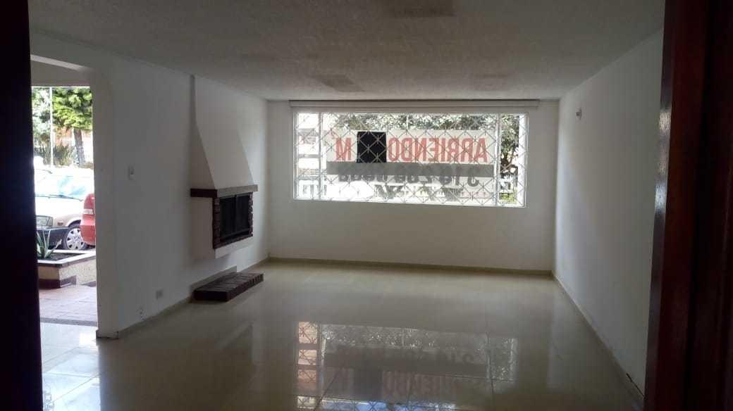 amplio apartamento en iberia en arriendo