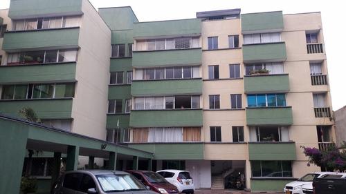 amplio apartamento en riascos,en venta -02