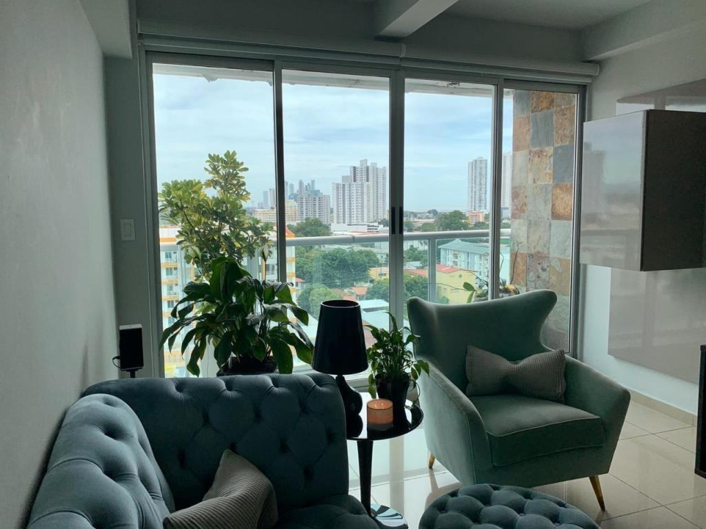 amplio apartamento en venta en altos del golf panamá cv