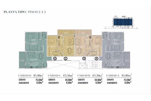 amplio, cómodo con toilette y cuarto en suite.