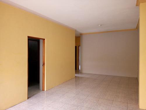 amplio departamento 3 dormitorios