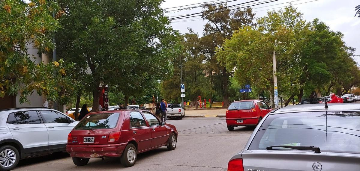 amplio departamento a 50 mtrs de la plaza de general paz