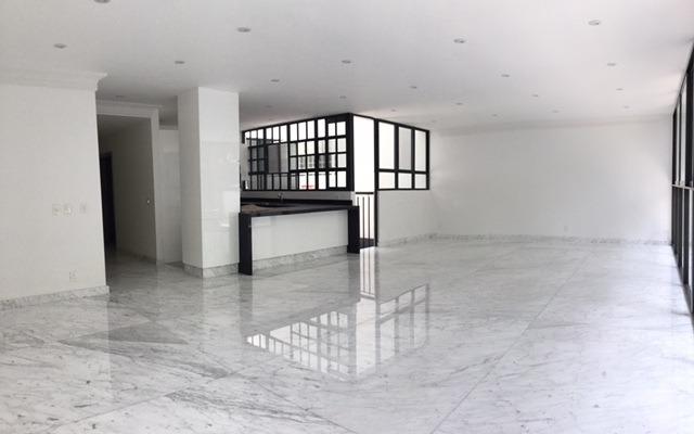 amplio departamento moderno en polanco, calle tranquila