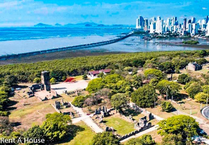 amplio local comercial en venta en parque lefevre panama