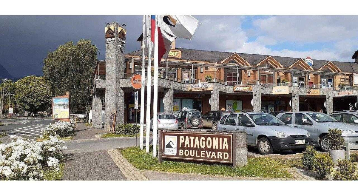 amplio local en boulevard patagonia
