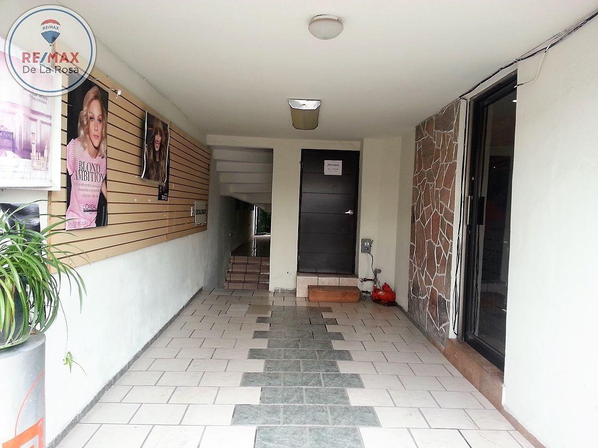 amplio local en renta para usos múltiples en interior excelente ubicación