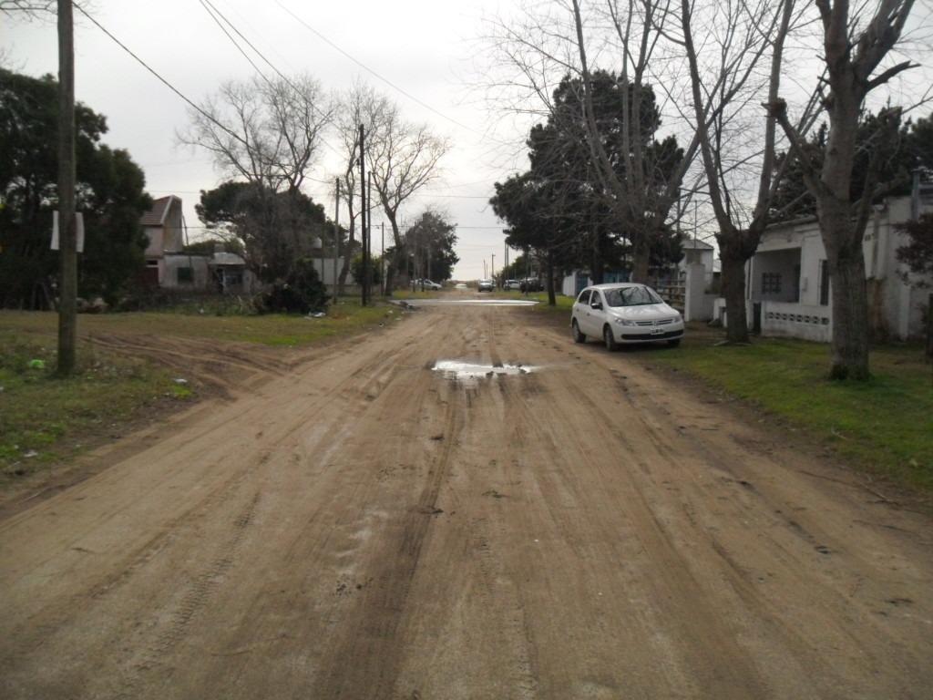 amplio lote, en calle 52 e- 41 y 51 (cod. 1022)