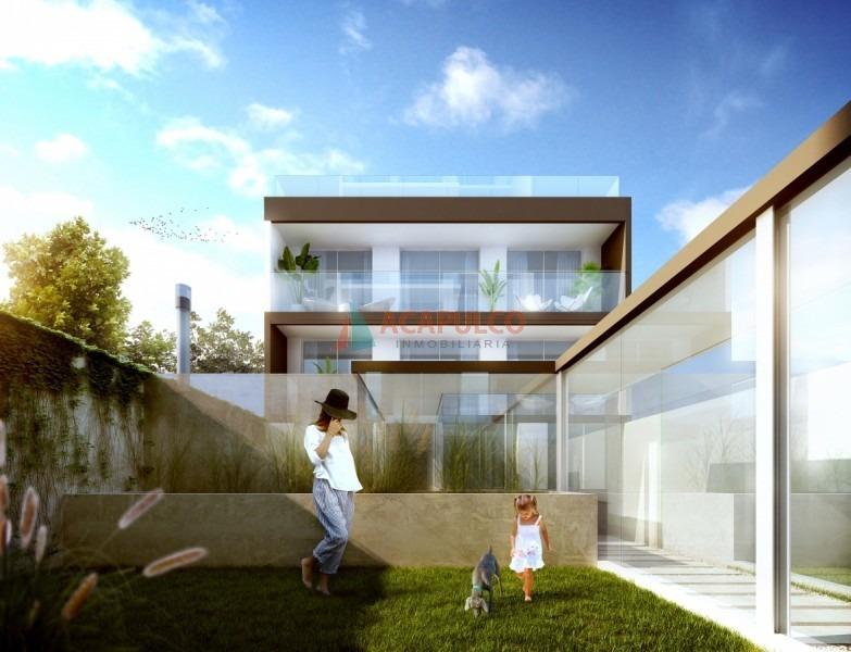 amplio monoambiente con balcón!-ref:386