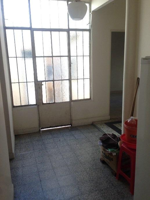 amplio ph 3 amb. por pasillo con patio y terraza
