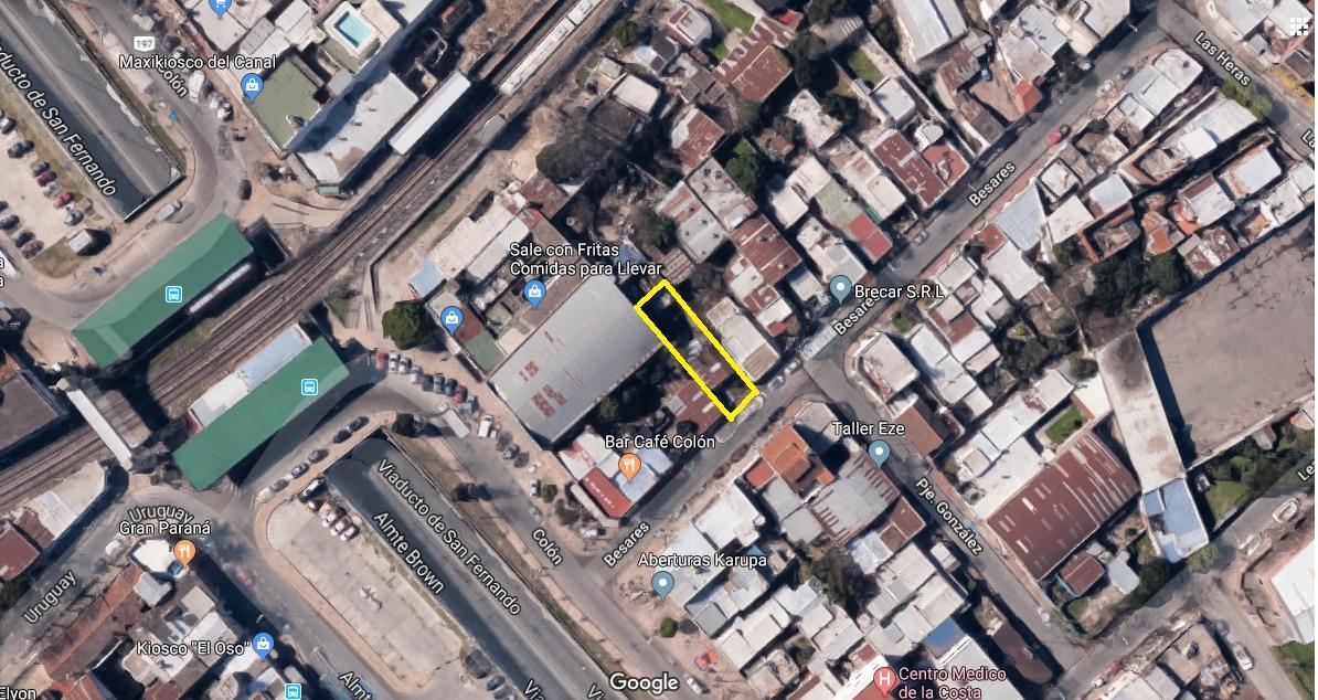 amplio terreno a metros del centro casa en construcción