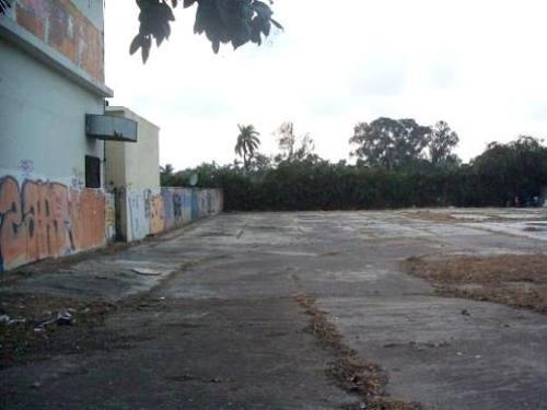 amplio terreno en renta sobre la avenida hidalgo