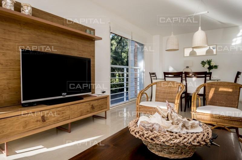 amplio y luminoso apartamento de 2 dormitorios en aidy grill venta y alquiler-ref:27071