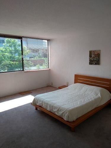 amplísima, soleada y bien ventilada recámara con gran closet
