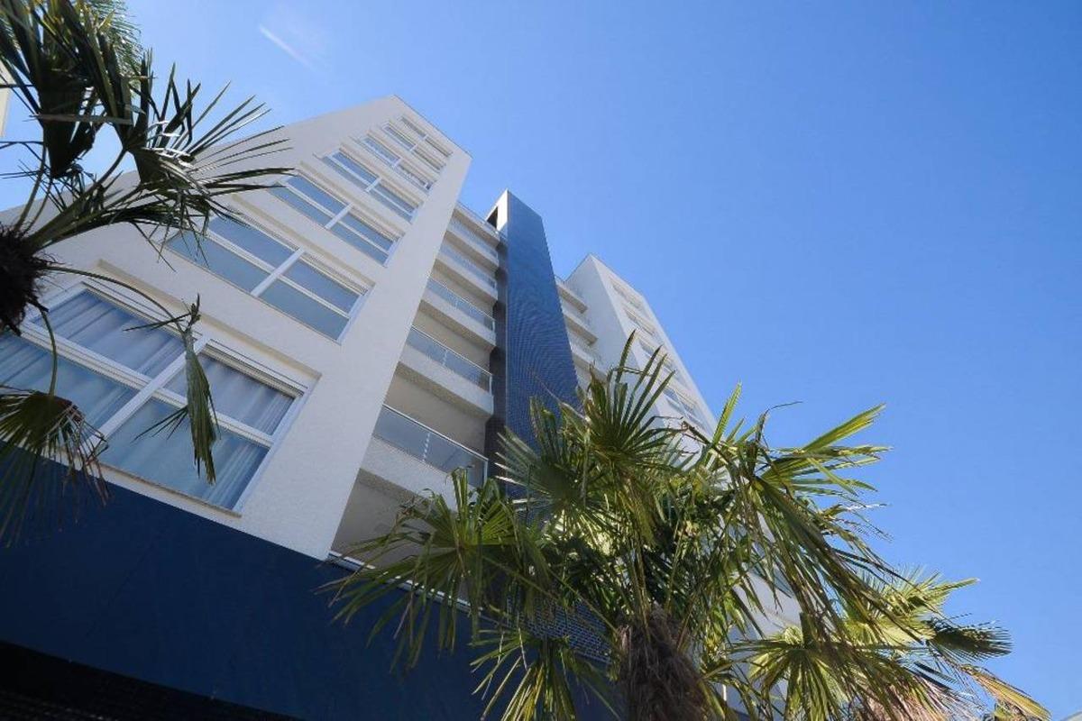 amplo apartamento com 130m² privativos. sendo 3 suítes!!