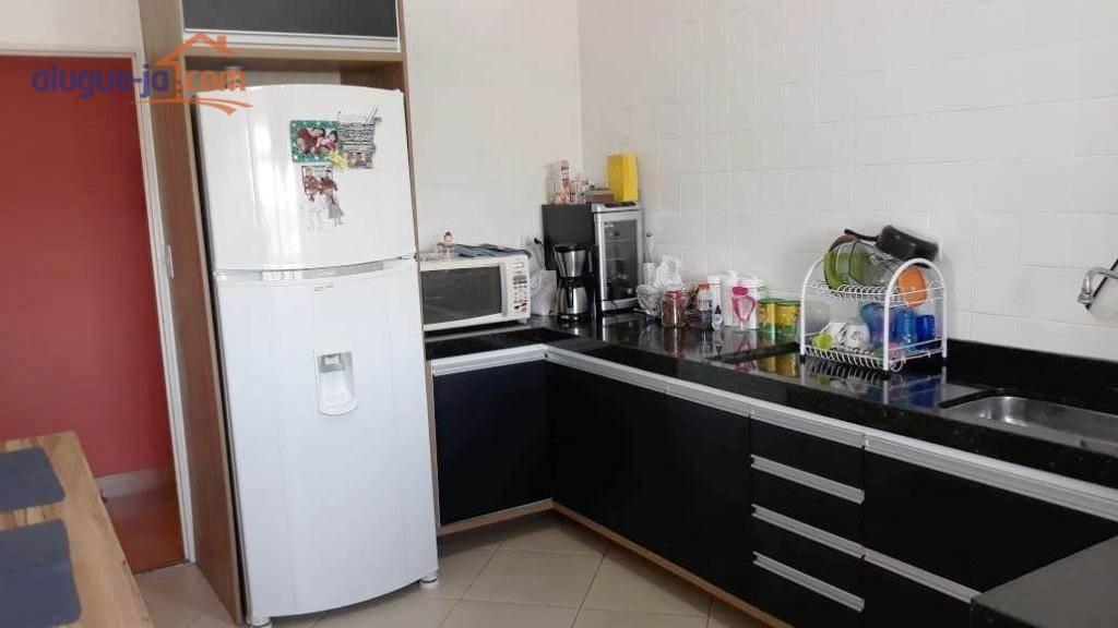 amplo apartamento com 2 dormitórios e sacada no jardim satélite - ap7639