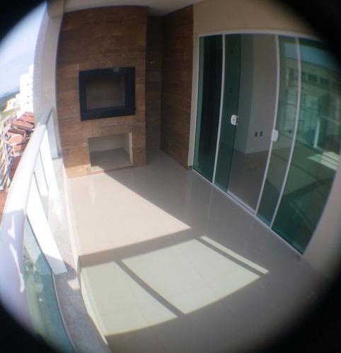 amplo apartamento, pertinho da praia!