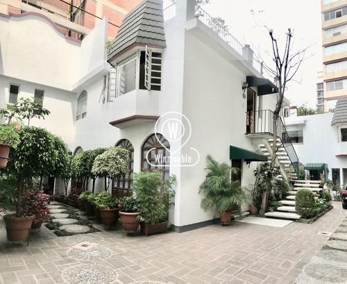 amueblado con terraza privada, a una calle de masaryk