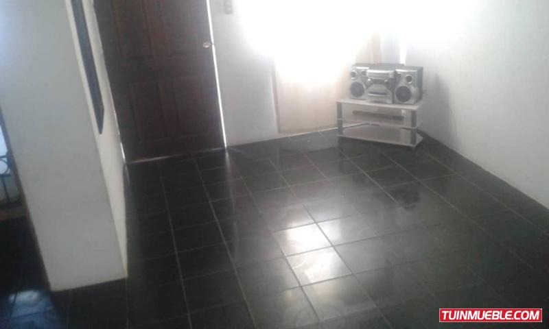ana rodriguez,casa en venta en paraparal código 19-8622