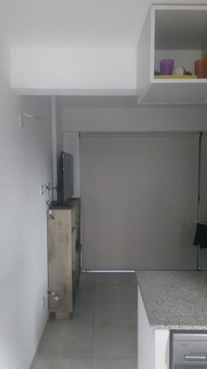 anatole france 100 - 2° piso por escalera departamento sin e