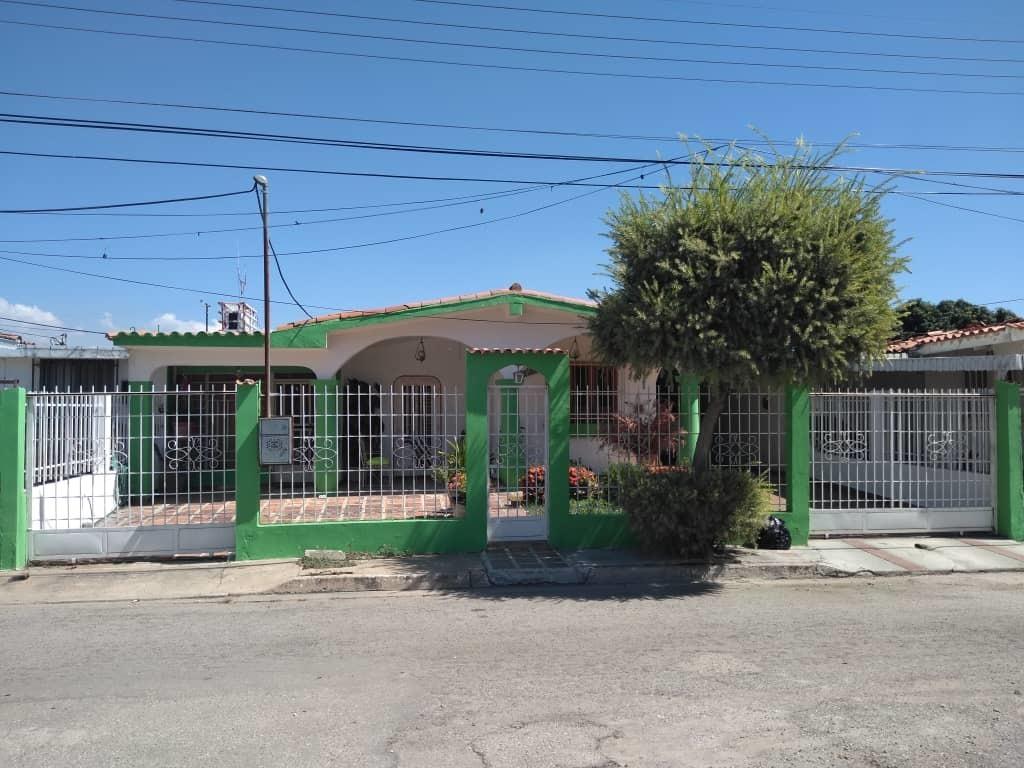 ancoven premium vende casa en ciudad alianza