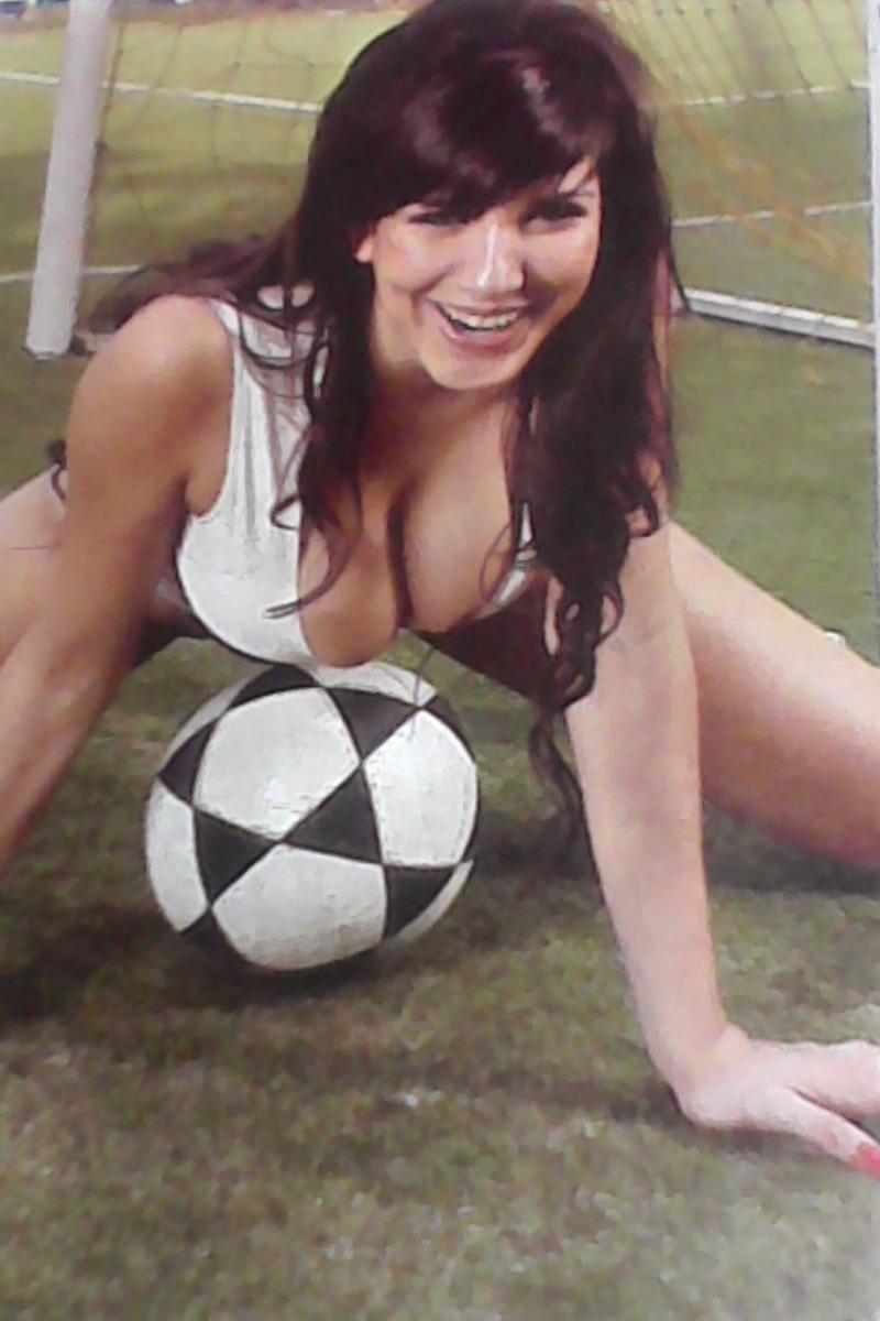 Andrea Rincon Sexy andrea rincón -muyyyy sexy -producción fotográfica -4 pagina - $ 359,90