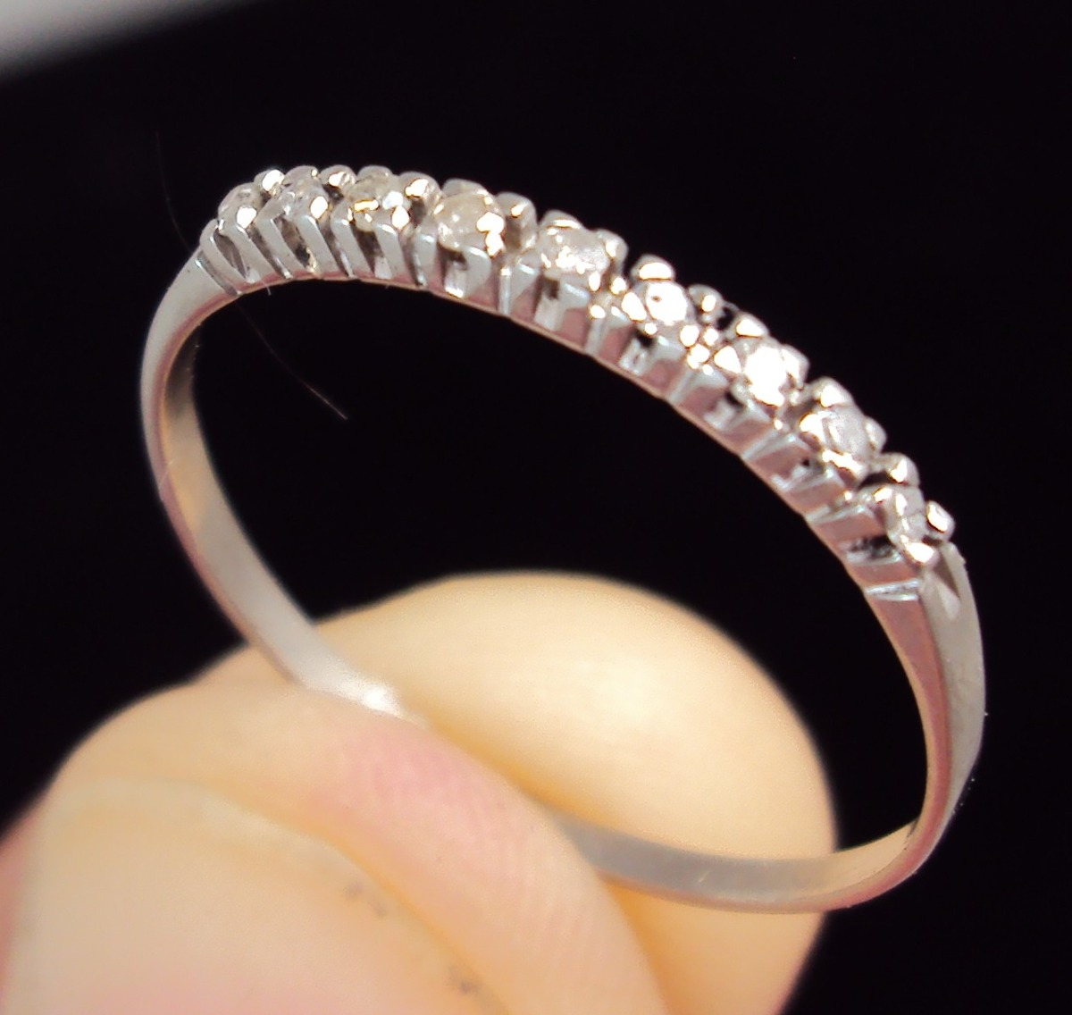 anel aparador meia alianca ouro branco em diamantes 3 pontos. Carregando  zoom. 345d024fd0